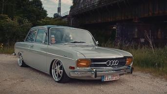 Audi 72