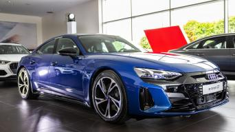 """Audi e-tron GT"" elektromobilis"