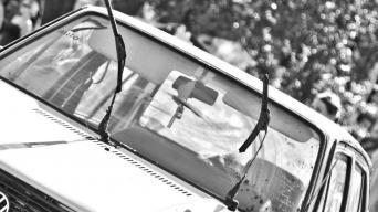 automobilių stiklų skilimo priežastys