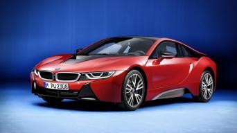 BMW i8 Protonic Red/Gamintojo nuotrauka
