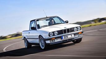 BMW M3 E30 pikapas/Gamintojo nuotrauka