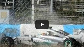 Lewiso Hamiltono avarija