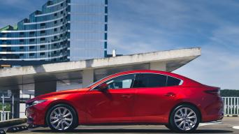 Mazda3 sedanas