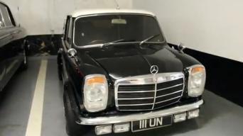Klasikinis MINI su Mercedes-Benz veidu