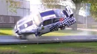"Beprotiškas ""Porsche"" skrydis"