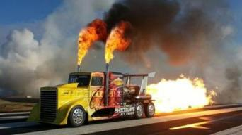 Reaktyvinis sunkvežimis
