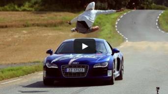 Šuolis per Audi R8