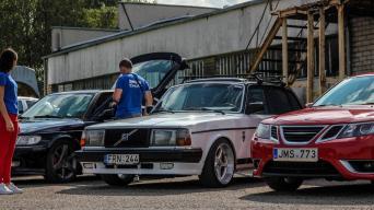 Švediškų automobilių mylėtojų susitikimas/Mphotos nuotrauka