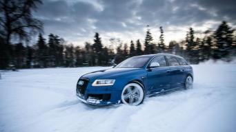 Audi RS6/Startline nuotrauka