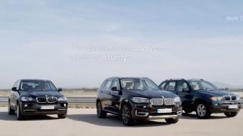 Trys BMW X5 kartos