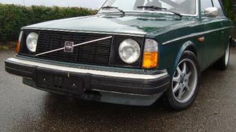 Linksmybės su Volvo