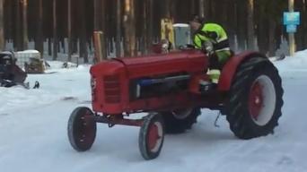 Traktorius varomas 300 AG Volvo varikliu