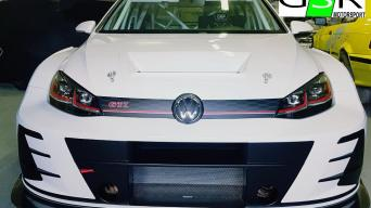 VW Golf GTI TCR 2018