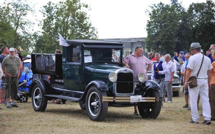 1922 Ford AA/Ilonos Daubaraitės nuotrauka