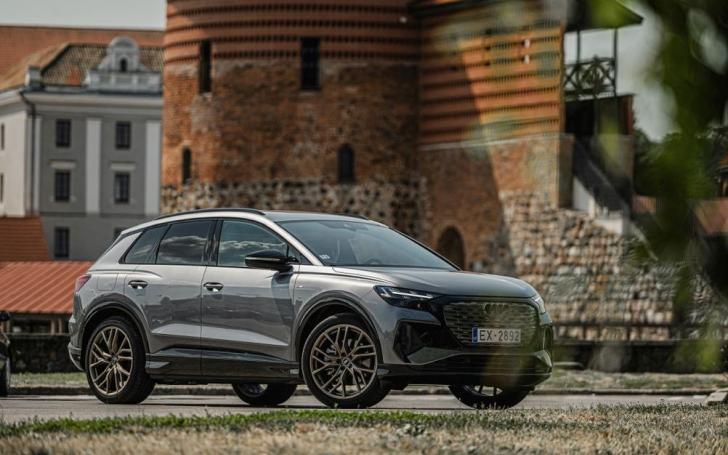 Audi Q44 e-tron