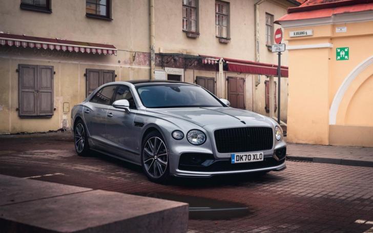 Bentley Flying Spur V8/Vytauto Pilkausko nuotrauka