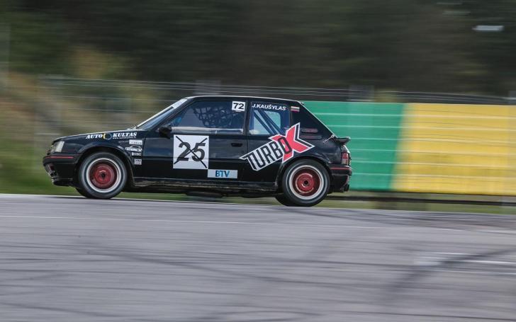 MX-3 klubas/Ernest Šumel nuotrauka