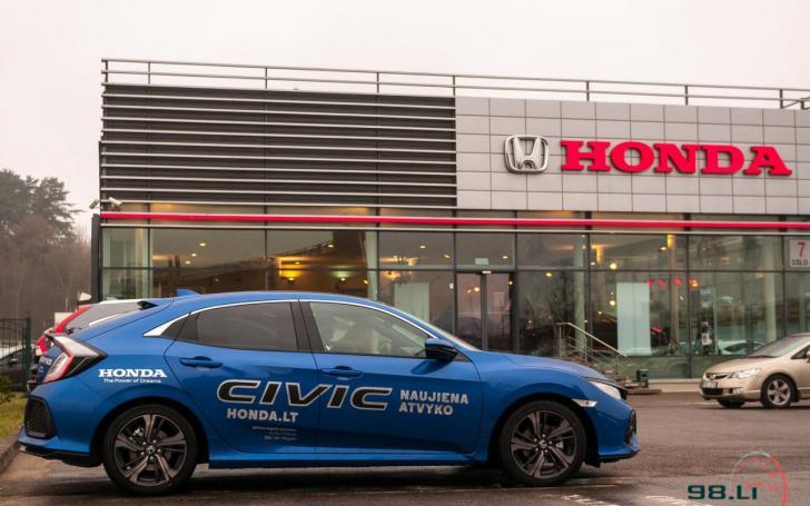 Dešimtos kartos Honda Civic/Vytauto Pilkausko nuotrauka