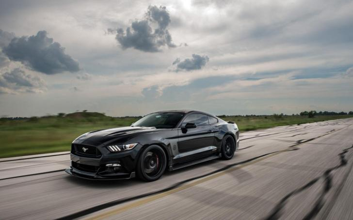 HPE800 Ford Mustang 25th Anniversary Edition