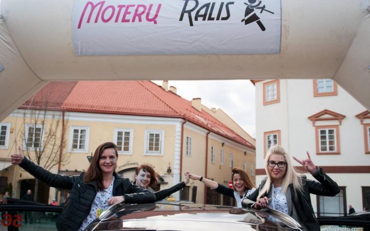 Moterų ralis/Vytauto Pilkausko nuotrauka
