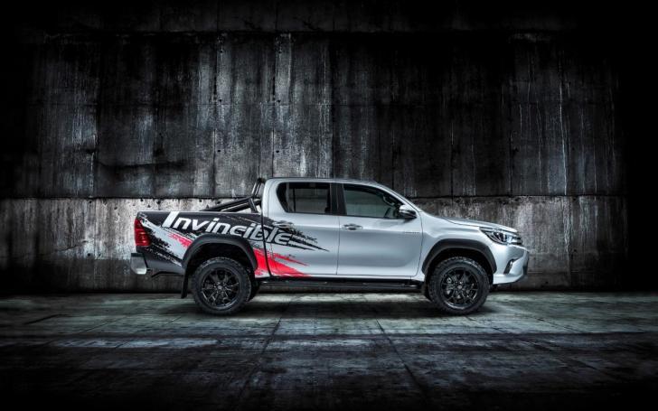 Toyota Hilux Invincible 50