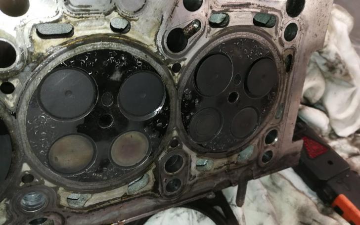VW Caddy variklis
